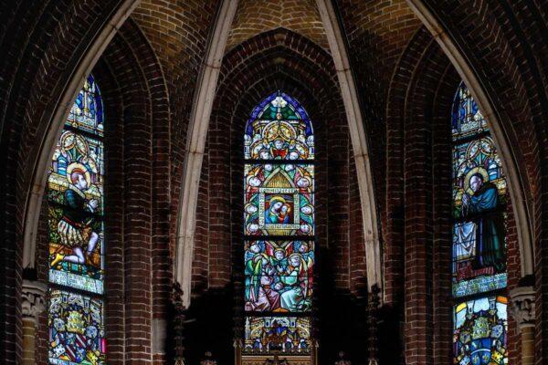 Glas in lood Paterskerk bureau FRANKEN1